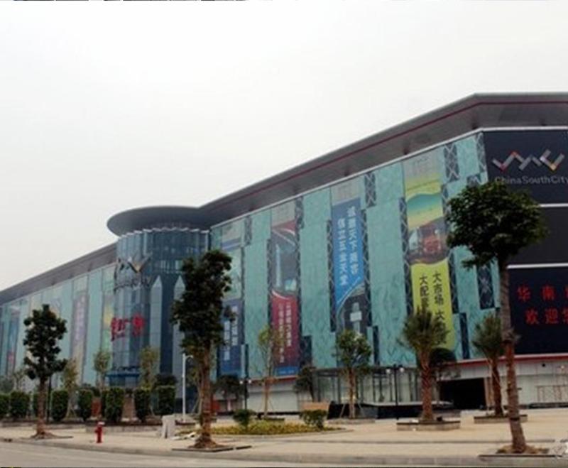 南宁华南城  消防排烟玻璃百叶窗